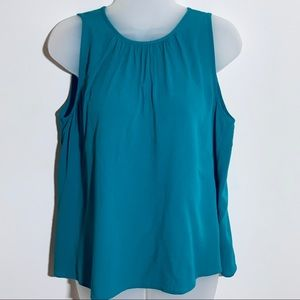 Ann Taylor teal sleeveless top with wrinkly fabric